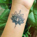 tatuagem flor de lotus mandala