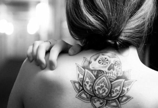 flor de lotus tatuagem