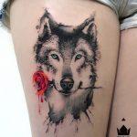 tatoo de lobo para mulher