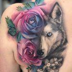 tatuagem de lobo femenina